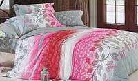 Стильное постельное белье хорошего качества семейное