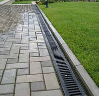 Причини і варіанти рішення про усунення просівших тротуарні плитки