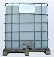 Емкость с металлическим краном квадратная в решетке 1000 литров