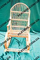 Кресло-качалка из лозы для мамы