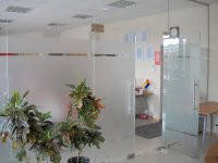 Офисные перегородки, Конструкции из калёного стекла