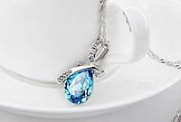 """Модна підвіска прикраса на ланцюжку """"Крапелька роси"""" з синім кристалом, матеріал метал, сріблястий колір"""
