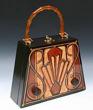 Женские сумки - какой была самая первая в мире?