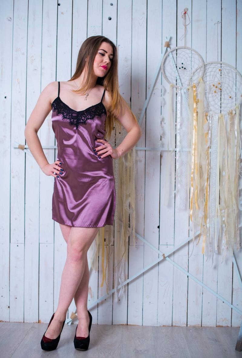 Женская красивая ночная рубашка, с нежным кружевом. 42.44.46.48.50