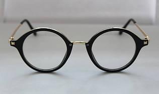 Овальные солнцезащитные очки для женщин