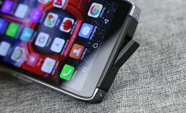 экстремальный смартфон