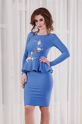 ДС1246 Платье-футляр с баской, фото 2