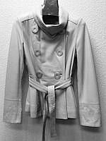Кожаная женская куртка белая с поясом