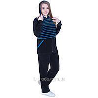 Спортивный костюм женский велюровый скапюшоном 56
