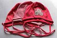 Трикотажные шапки на девочку аппликация 44-46 см цветы блестки на завязках (цвета в ассортименте)
