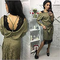 Женское платье из шелка с кружевом