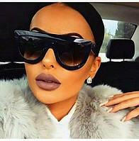 Стильные женские очки с широкой оправой