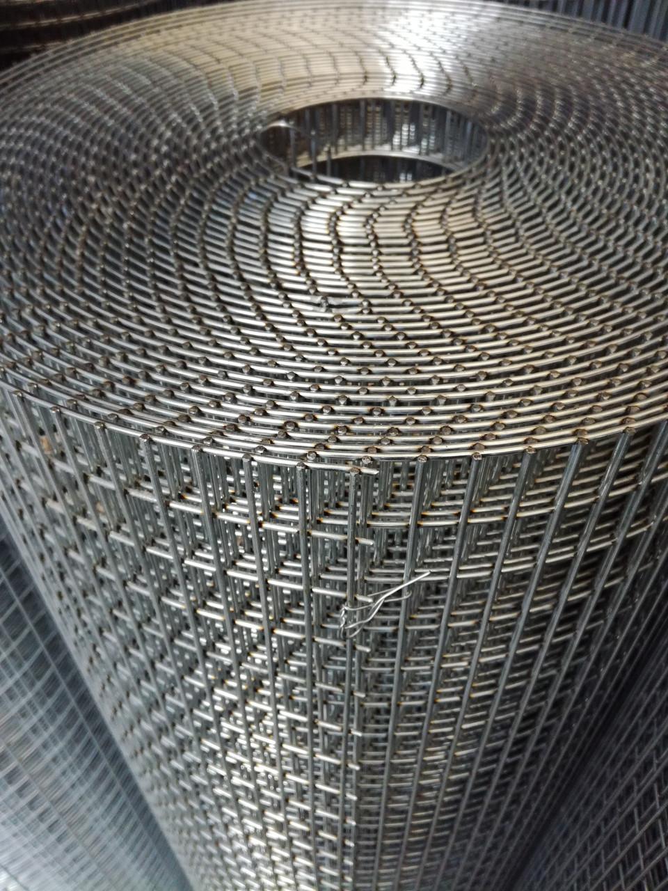 Сварная оцинкованная сетка для клеток. Ячейка: 25х12,5мм., Ø 1,8мм, Ширина: 1м.
