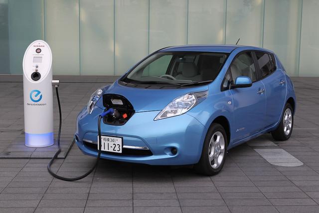 Тест-драйв Nissan Leaf 2017