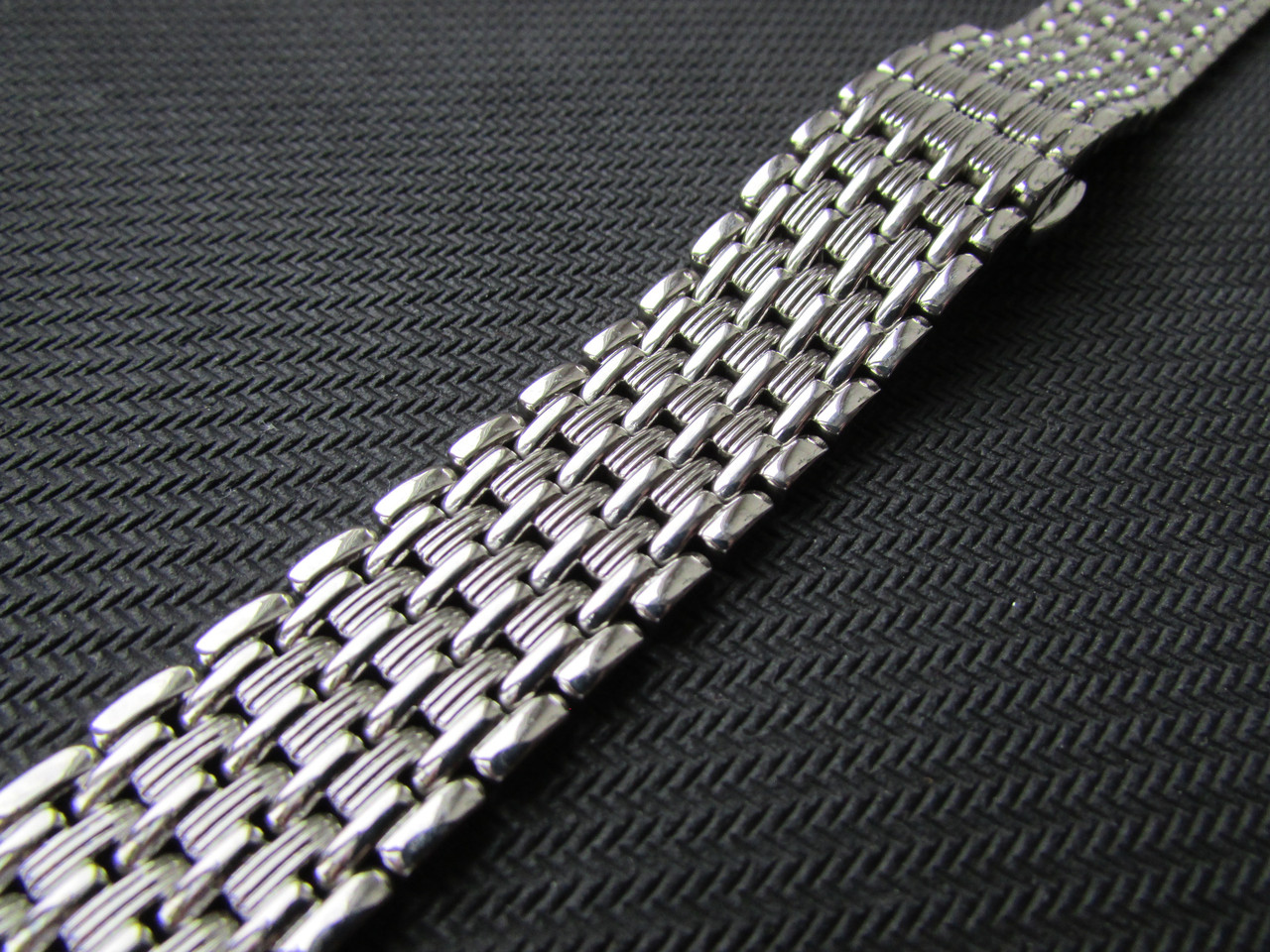 Браслет для часов стальной, литой, глянец. 20 мм