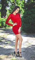 Короткое платье из ангоры с гипюровыми рукавами