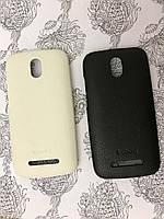 Кожаный чехол накладка бампер Kuboq для HTC Desire 500 белый и чёрный