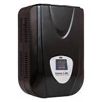 Стабилизатор напряжения Extensive  3 кВА рел. настен. IEK (IVS28-1-03000)