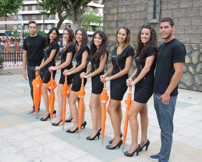Хостес на выставку киев работа для девушек в москве массажисткой