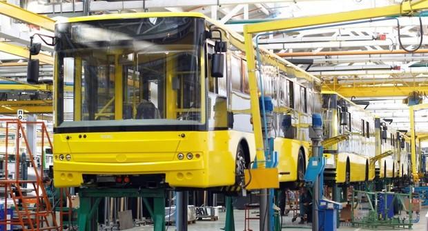Забезпечення товарами машинобудівної галузі.