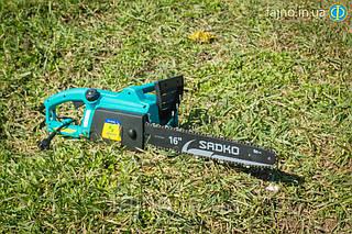 Электропила Sadko ECS 2040 (2 кВт) с боковым двигателем