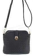 Удобная прочная вместительная женская сумочка почтальенка с эко кожи art. 2015-3 черная