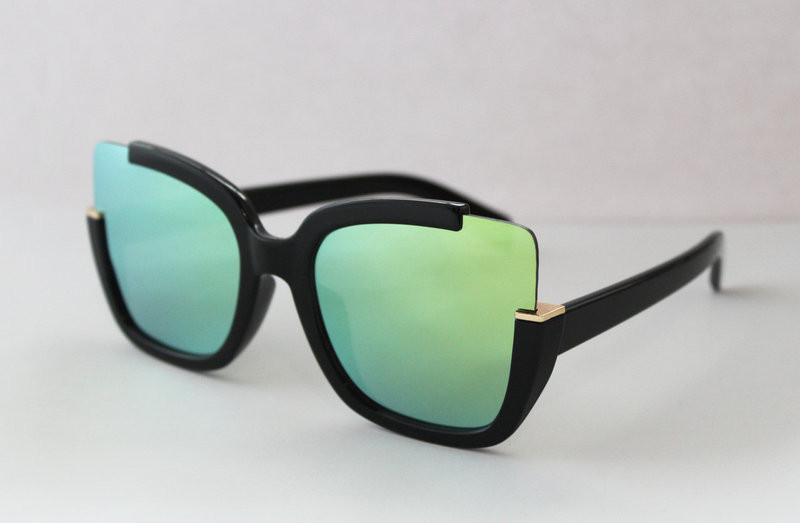 Оригинальные женские солнцезащитные очки