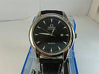 Мужские часы на кожаном ремешке с датой omega