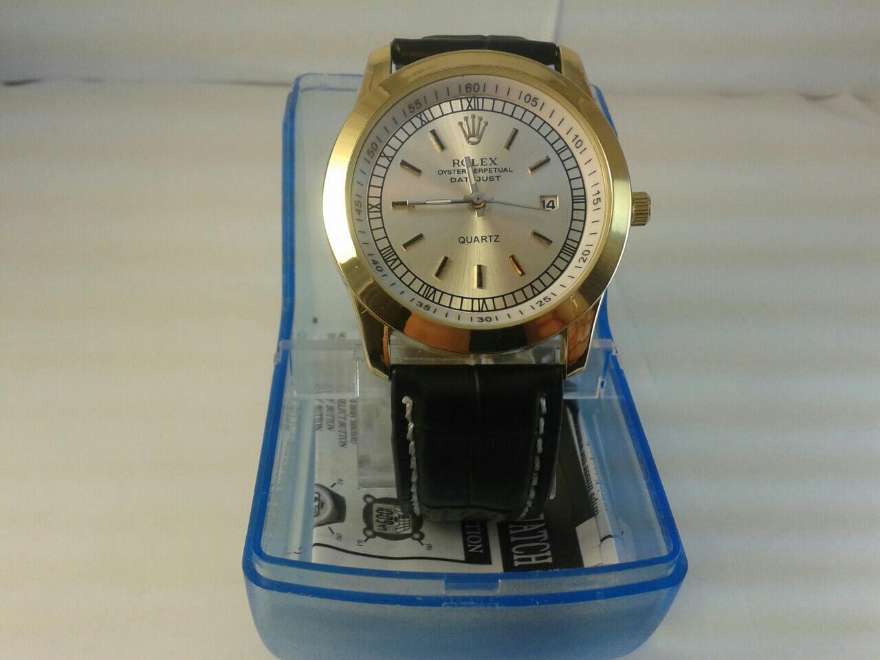 Мужские часы на кожаном ремешке с датой rolex
