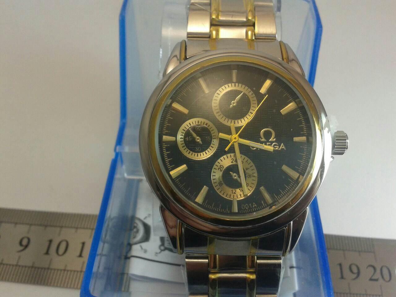 Мужские часы на браслете omega
