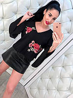 Вышитая блузка женская