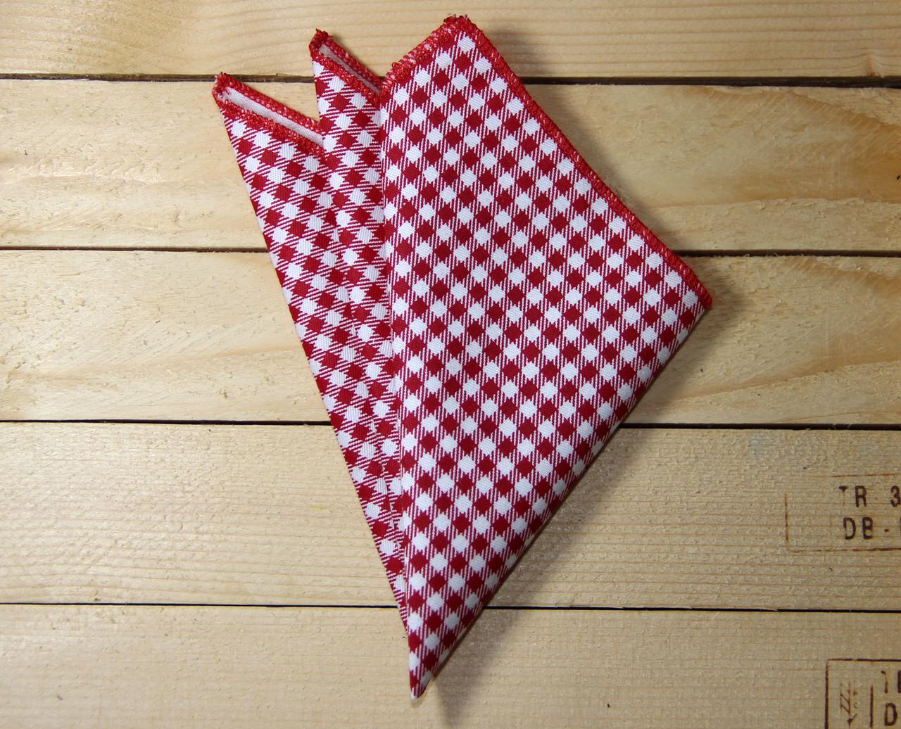 Платок нагрудный I&M Craft красный (011115P)