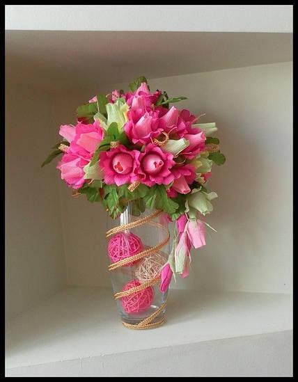 """Сладкая композиция из конфет в вазе """"Розовые мечты"""""""