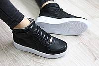 Кроссовки кожаные высокие черные