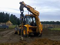 Услуги ямобуров. Аренда ямобуров в Киеве. Бурение ям, скважин под опоры заборов, столбы.