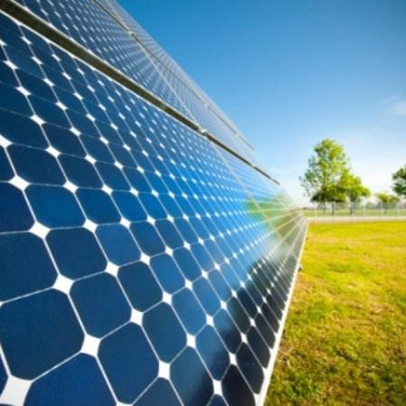 Солнечные батареи и оборудование для солнечных электростанций