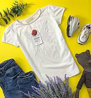 Красивая детская футболка из хлопка с декоративной аппликацией  ZARA
