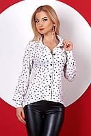 Женская рубашка белого цвета с принтом сердечки, длинный рукав. Модель 379.