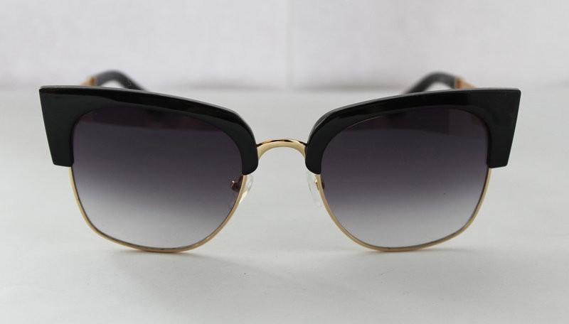 Безумно стильные женские солнцезащитные очки