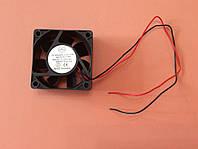 Вентилятор осевой универсальный Sunflow 60мм*60мм*25мм / 12V / 0,20А /(квадратный)