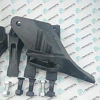 Зуб на ковш боковой на экскаватор-погрузчик JCB 3cx, 4cx 531/03208, 531/03209