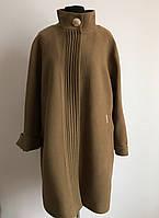 Стильное женское пальто большого размера