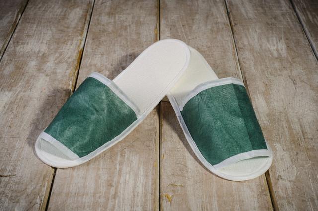 Тапочки для бани и сауны EURO TEXTILE зеленые, флизелиновые