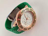 Часы женские - Ulysse Nardin - Star на каучуковом ремешке, зеленые с кристаллами