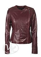 Бордовая кожаная куртка на молнии женская, фото 1