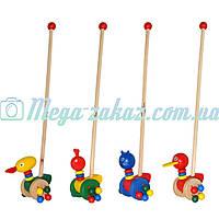 Деревянная игрушка каталка на колесах с ручкой Животные, 4 вида