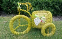 Велосипед средний зеленый из сена + кашпо