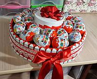 """Торт из киндеров """"Сладкоежка"""""""