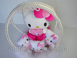 """"""" Kitty angel"""" Подарунковий кошик з м'яких іграшок"""