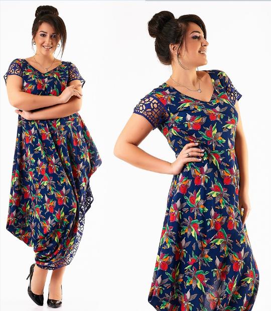 Платье в цветочек большого размера